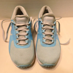 Nike Shoes - NIKE Air Max athletic shoes girls size 1Y